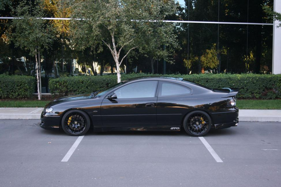 Updated pics of fiberglass hsv body kit with new mods ls1gto 06g sciox Choice Image